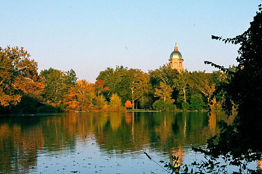 Foto: Know1one1 via Wikimedia Commons | University of Notre Dame