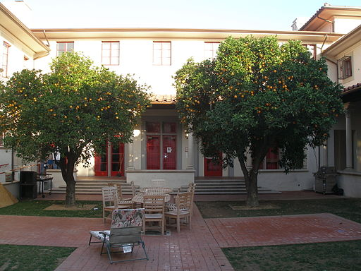 Sul da Califórnia   Fleming Courtyard Housing, Caltech   Foto: Antony-22 via Wikimedia Commons