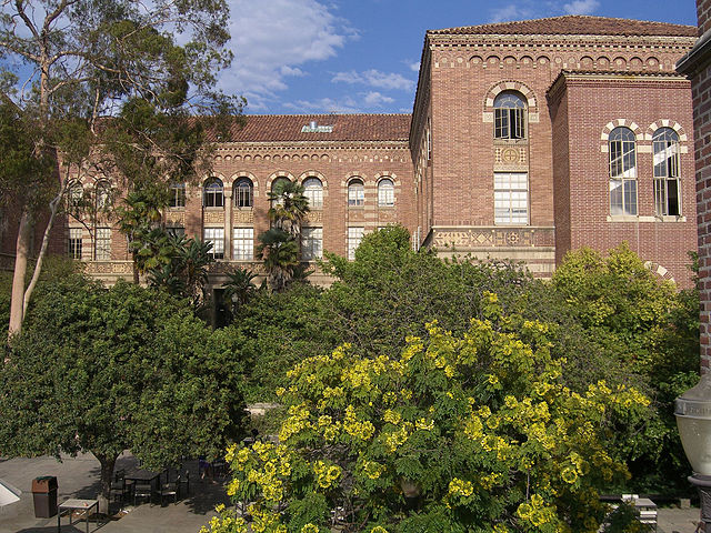 Sul da Califórnia | UCLA, Moore Hall | Foto: Infernalfox, via Wikimedia Commons
