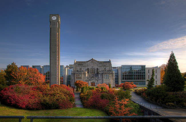 Irving K. Barber Learning Centre, UBC, Vancouver | Foto: CjayD, via Wikimedia Commons