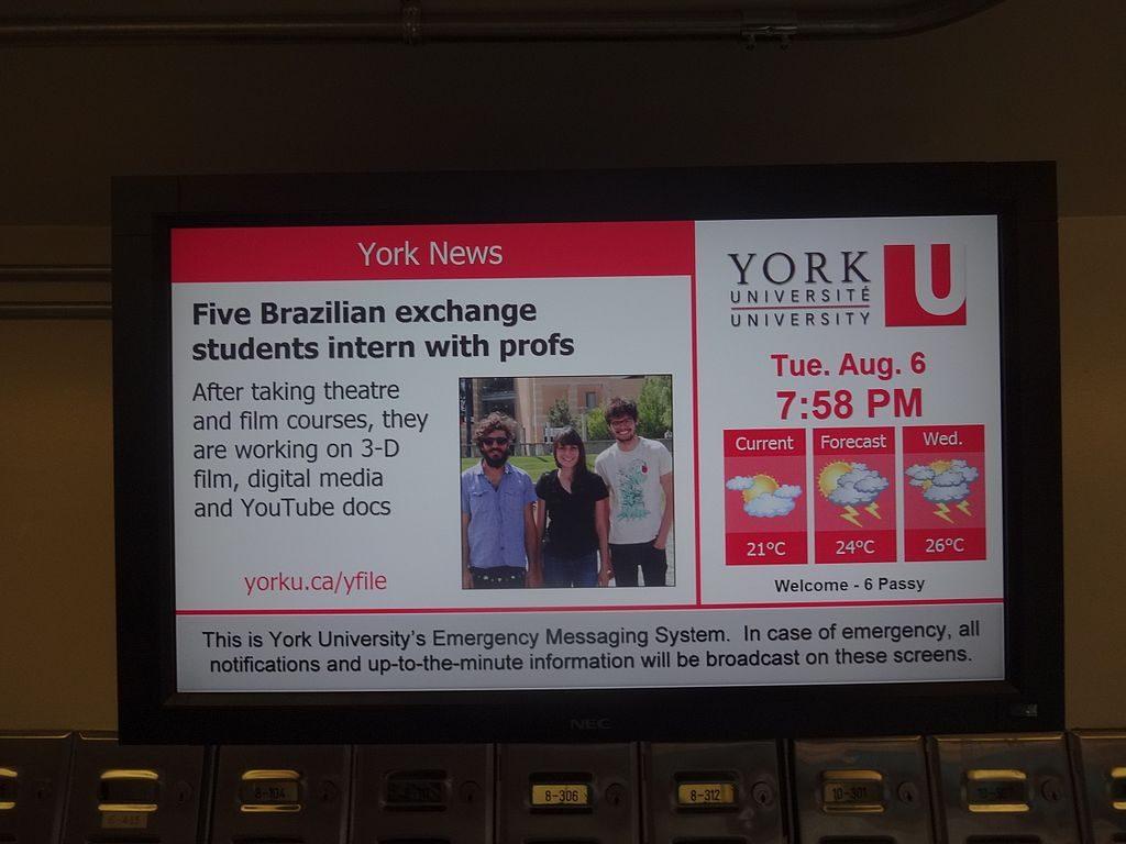 York University mostra estudantes brasileiros do Ciência sem Fronteiras   Foto: Andrevruas via Wikimedia Commons