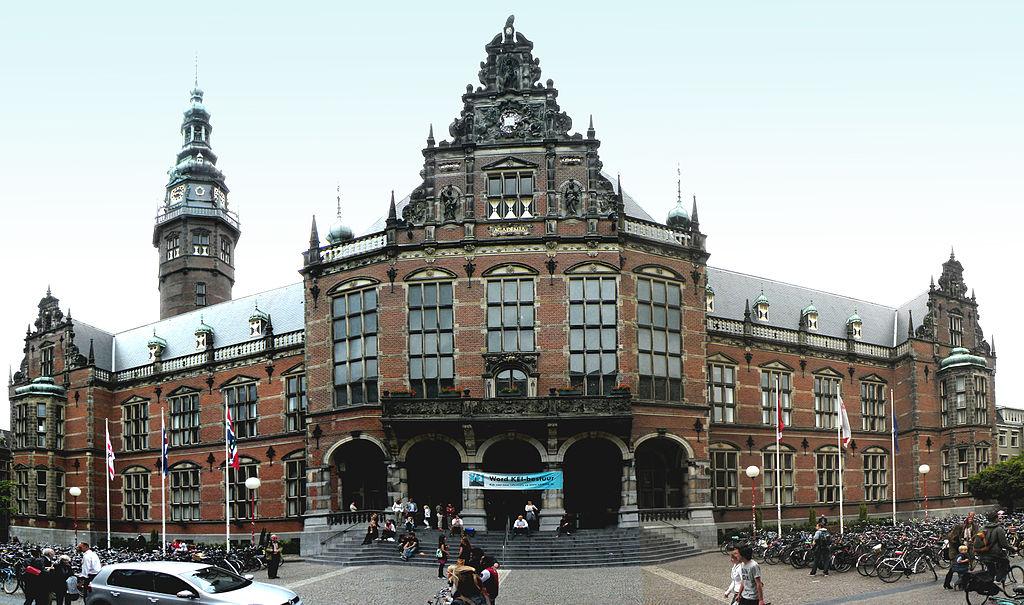 Universidade de Groningen, casa do prêmio nobel de Química de 2016, Bernard Feringa   Foto: Vitold Muratov via Wikimedia Commons