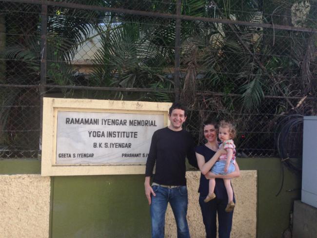 Camila, Edu e a pequena Vida no RIYIM | Foto: Camila Raso