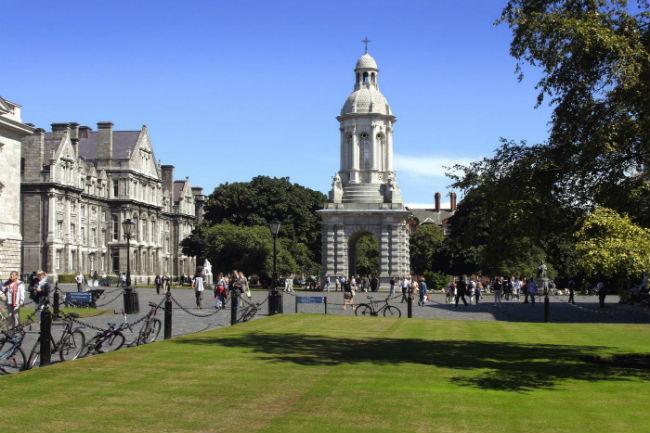 Trinity College Dublin -Divulgação