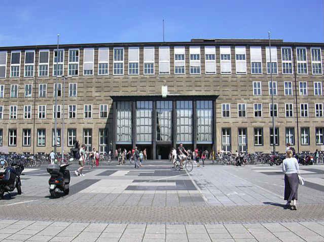 Programa Winterkurs | Universität zu Köln | Foto: Tim 'Avatar' Bartel, via Wikimedia Commons
