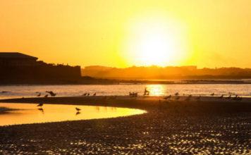 Pôr do sol em Howth's beach, na Irlanda | Foto: Juan Salmoral, via Flickr