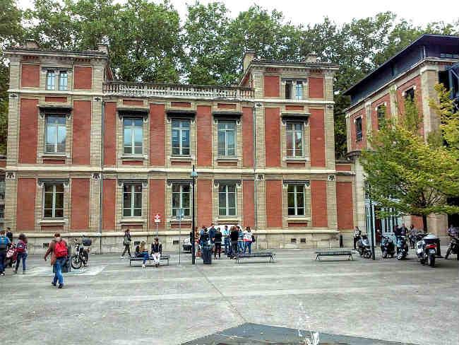 Toulouse School of Economics   Foto: Cesar Sabas, via Wikimedia Commons