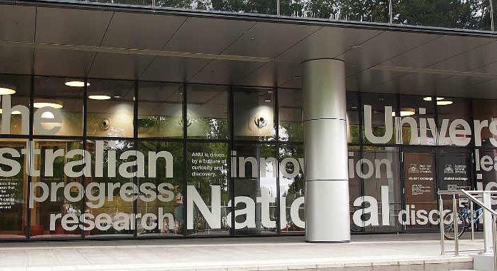 Universidade Nacional da Austrália - bolsas para graduação   Foto: Nick-D, via Wikimedia Commons