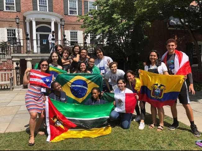 Estudantes do programa de verão em Yale | Foto: Camila e Alice